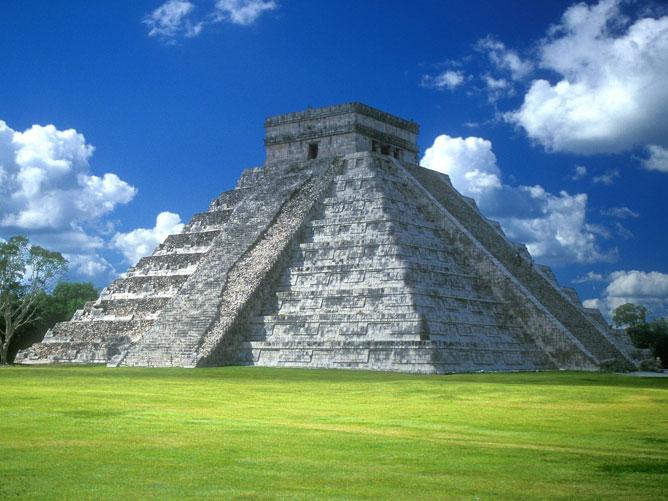 Chichen Itza-Maja-tolték romváros Közép-Amerikában