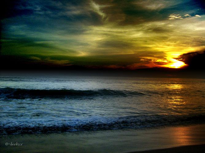 Színes naplemente.