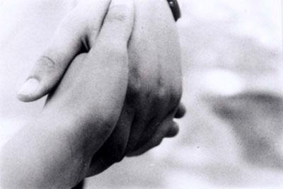 Kézfogás.