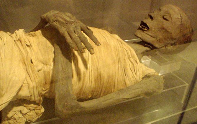 múmia.