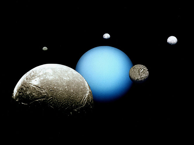 Uránusz - Neptunusz.
