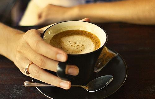 kávézás.