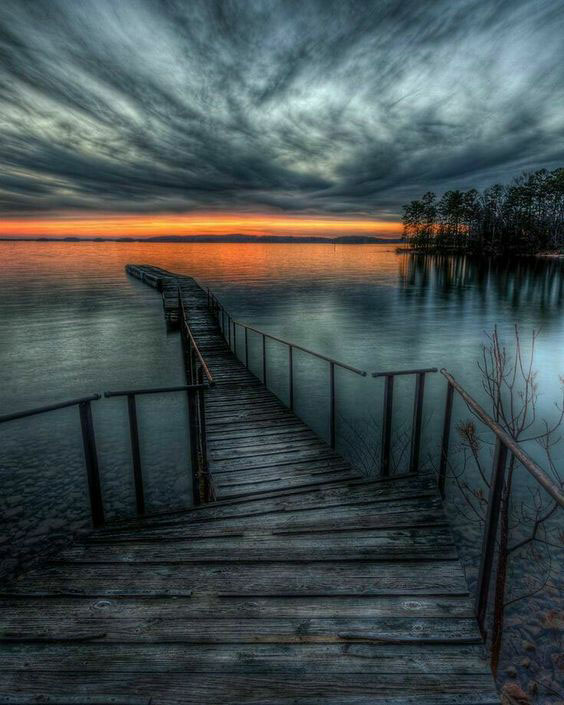 lake miracle.