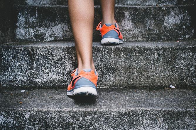 lépcsőzés.